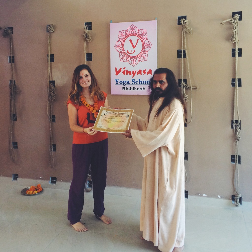 What to pack for a Yoga Teacher Training in Rishikesh: The ultimate YTT Packing List for India