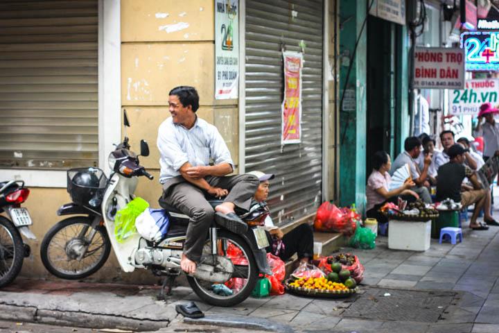 Hanoi_Street_Scene