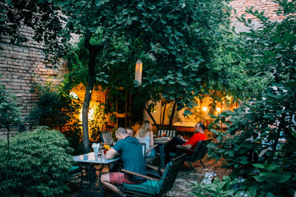 Shavi Lomi, one of the best restaurants in Tbilisi